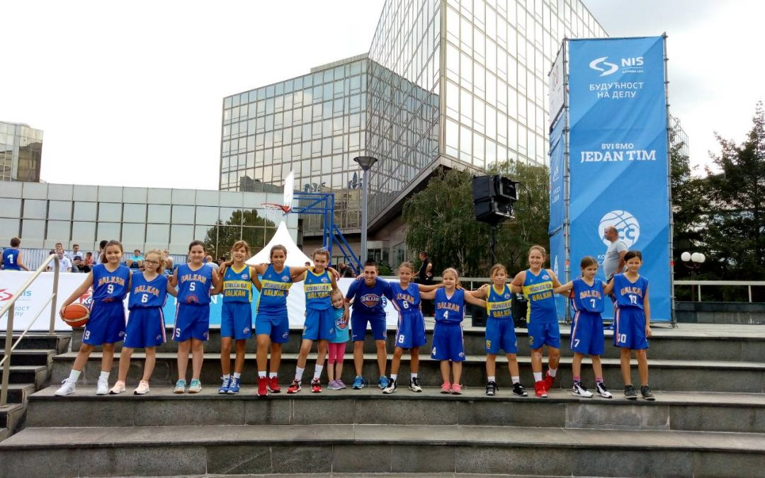 Balkan – Partizan je bio deo mini basket festivala